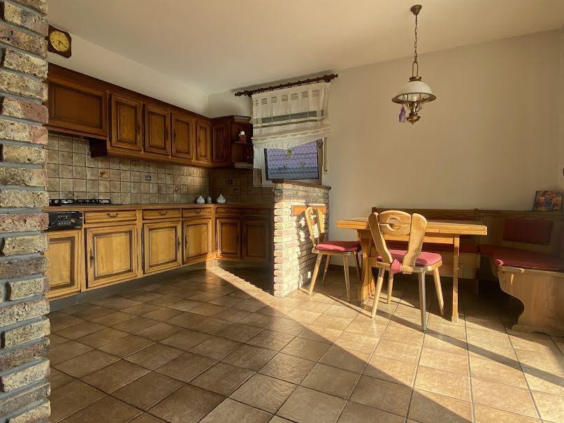 Vente maison 10 pièces 320 m² à Wissembourg (67160), 395 000 €
