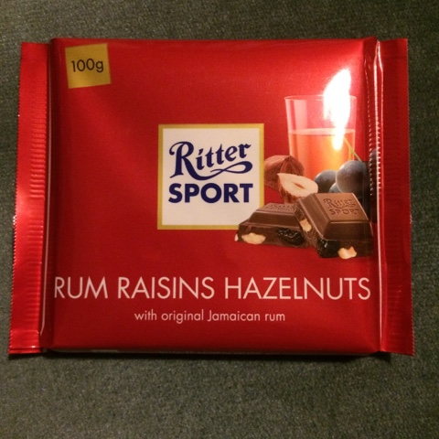 a review a day today 39 s review ritter sport rum raisins. Black Bedroom Furniture Sets. Home Design Ideas