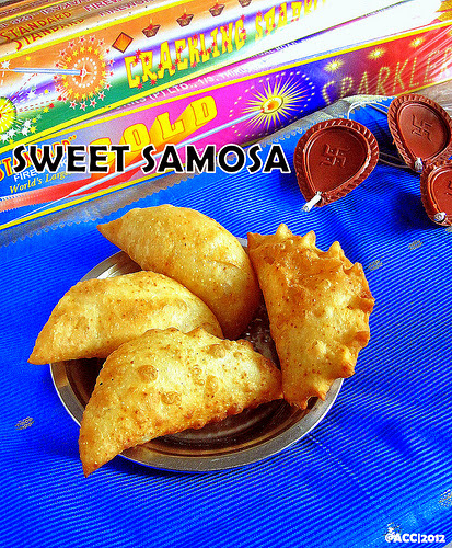 Karjikai/Sweet samosa recipe
