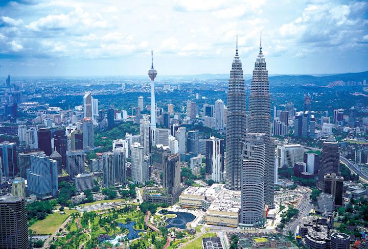 Van chuyển hàng Malaysia