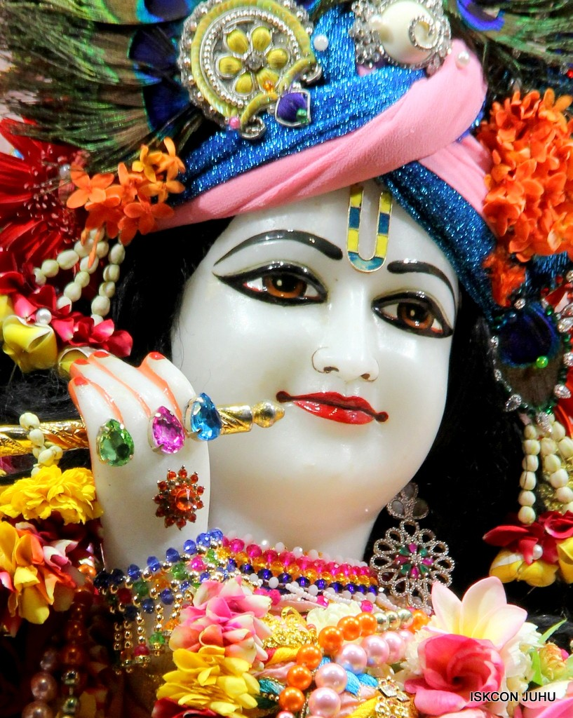 ISKCON Juhu Sringar Deity Darshan 10 Jan 2017 (82)