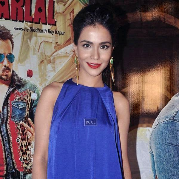 Humaima Malik poses for the lens during the press meet of Bollywood movie Raja Natwarlal, held at UTV Office on July 24, 2014.(Pic: Viral Bhayani)