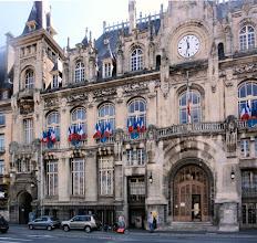 Photo: das ehemalige Hotel ist heute die Stadtverwaltung von Charleville-Mézières