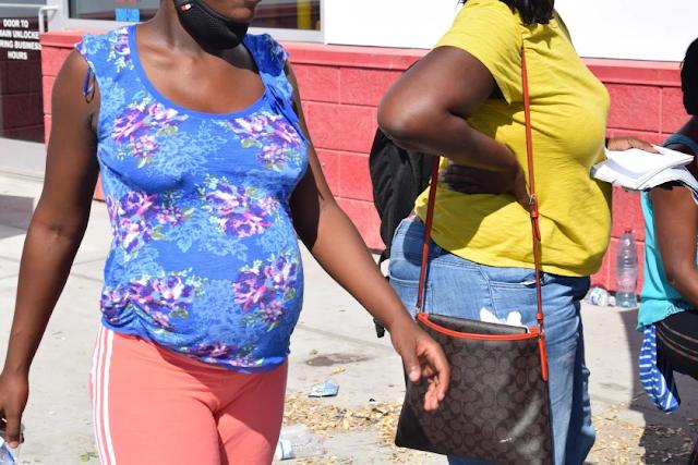 La travesía de las haitianas embarazadas para ver nacer a sus hijos en EEUU
