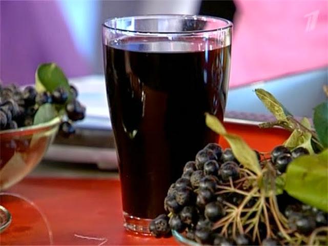 Польза сока из черноплодной рябины
