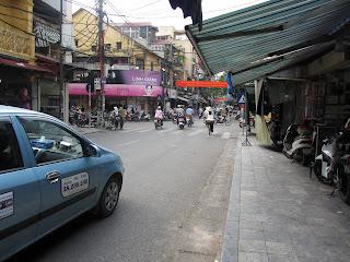 0020The_Streets_of_Hanoi