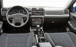 Opel Frontera di seconda generazione.