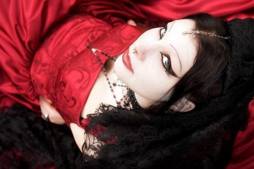 Gothic Kati, Gothic Girls