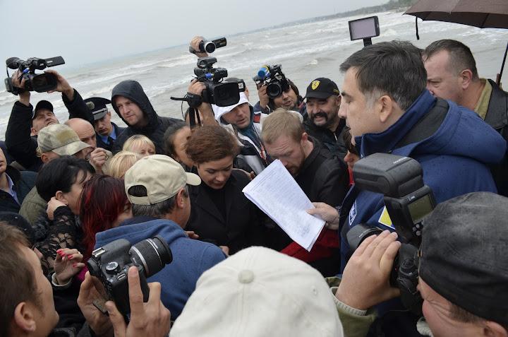 Саакашвили разнес жуликов и воров в Одесской области
