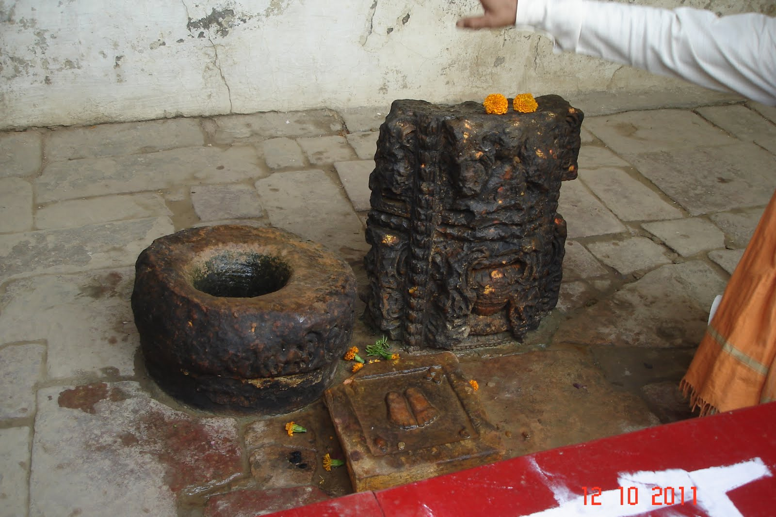 Sri Navamohana Krishna Perumal Temple (Thiru Ayarpadi) Gokulam - Divya Desam 105