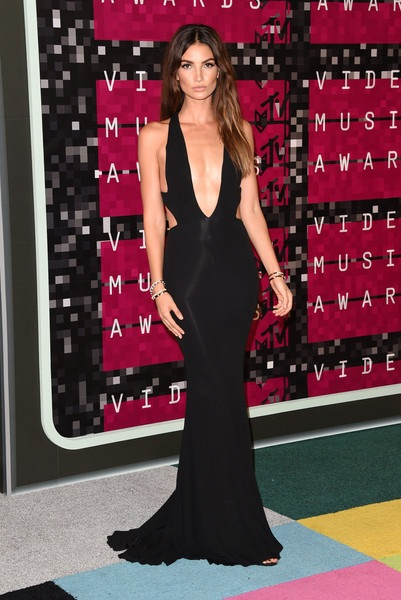Lily Aldridge attends the 2015 MTV Video Music Awards