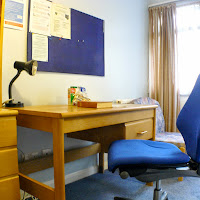 Room X2-desk