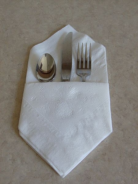 Dobla fcil las servilletas de papel  LaCelebracioncom