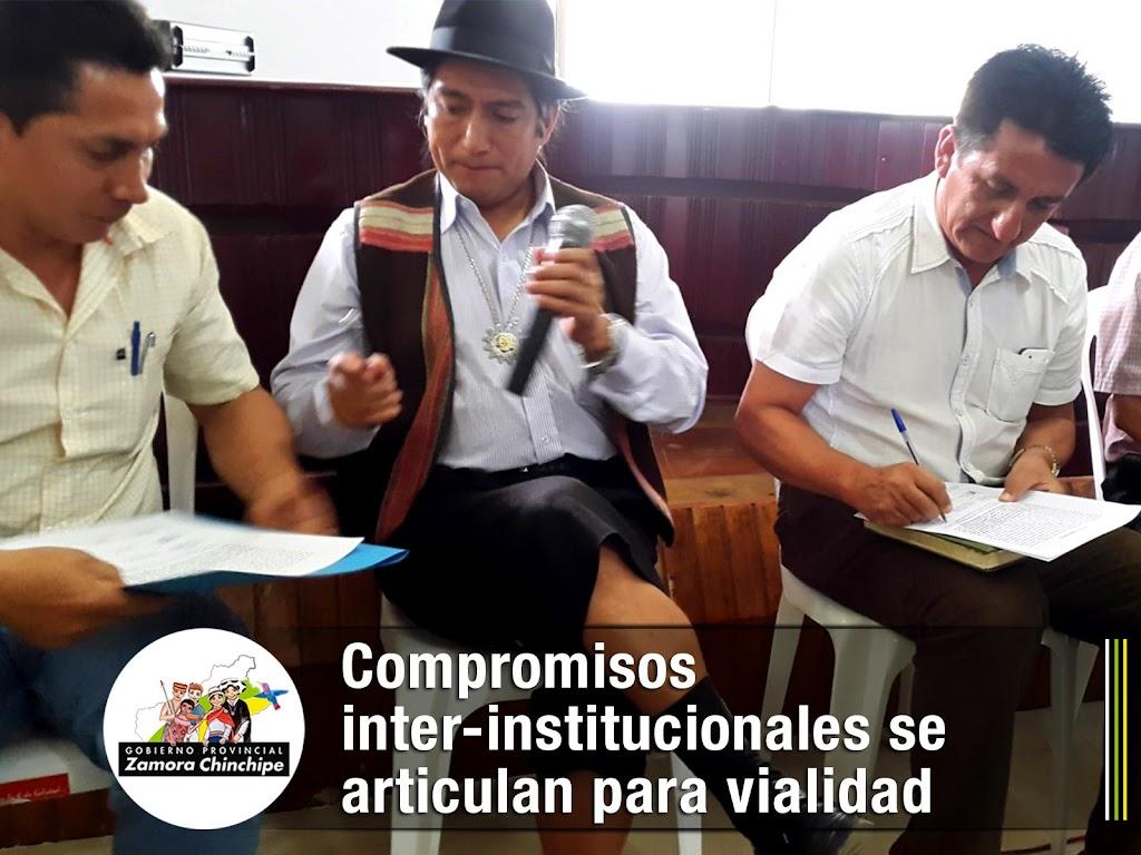 COMPROMISOS INTER-INSTITUCIONALES SE ARTICULAN PARA VIALIDAD RURAL.