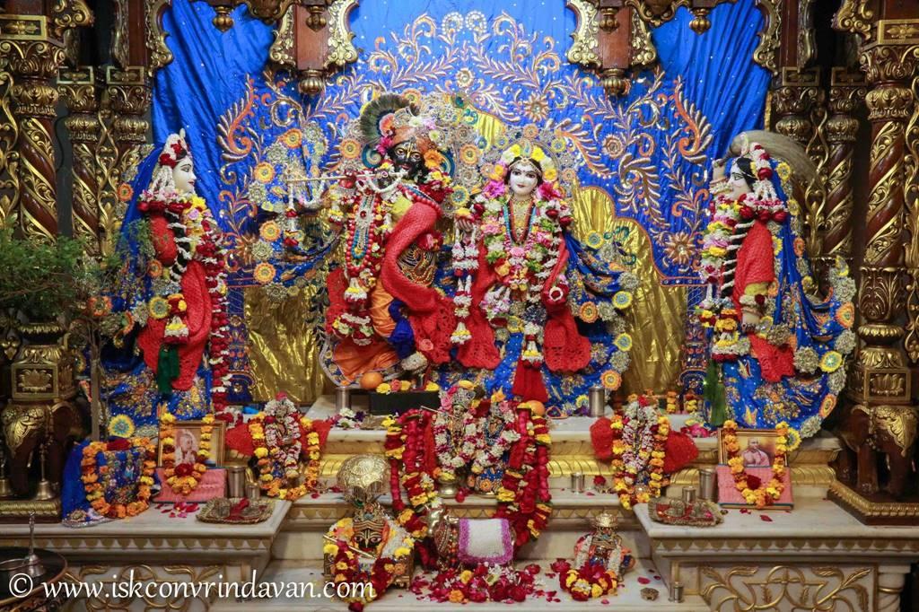 ISKCON Vrindavan Sringar Deity Darshan 03 Feb 2016 (11)