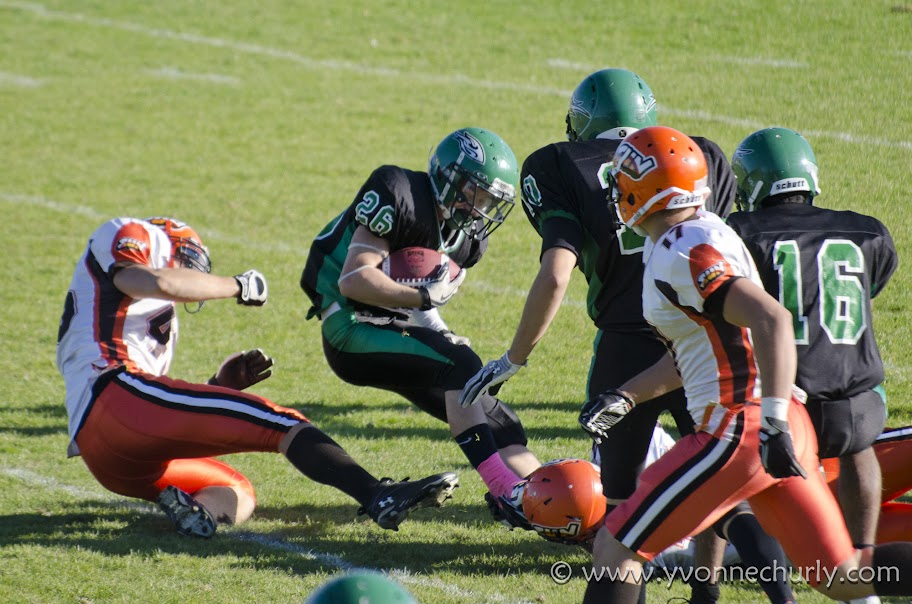 2012 Huskers vs Okanagan Sun - _DSC7635-1.JPG