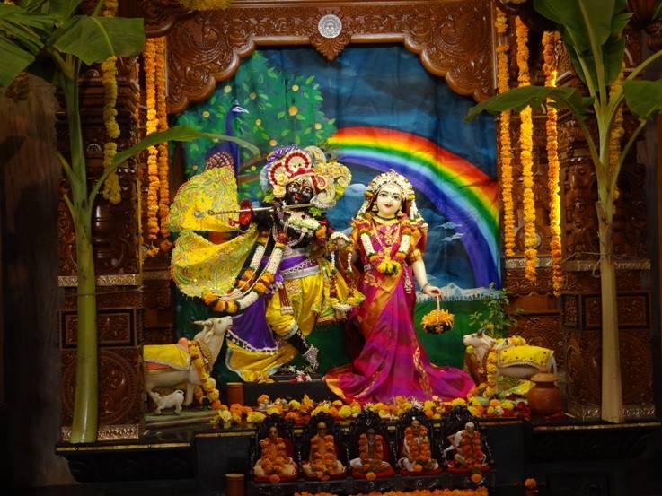 ISKCON Nigdi Deity Darshan 08 April 2016 (10)