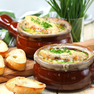Slow Cooker French Onion Soup Is Your Solution To This Season's Chilly Weather