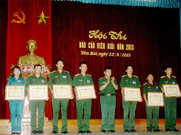 Hội thi báo cáo viên giỏi năm 2013 tại Bộ Chỉ huy Quân sự tỉnh Yên Bái