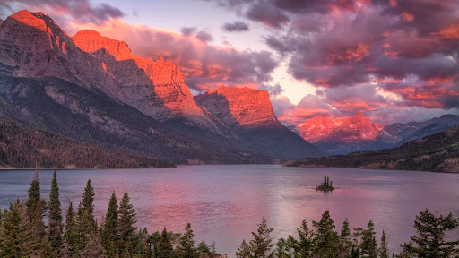 Saint Mary's Lake at Sunrise, Glacier National Park, Montana.jpg