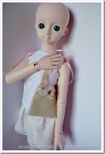 5 a Week: Cute Felt Bags for Dolls with a Tutorial