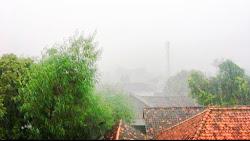 Peringatan Dini BMKG Senin, 2 Agustus 2021. Riau Termasuk Wilayah Berpotensi Alami Cuaca Ekstrem