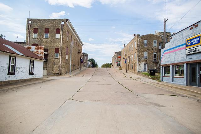 Quiet streets on a Saturday afternoon in Onaga, Kansas, population 700. Photo: Audra Mulkern / EHRP
