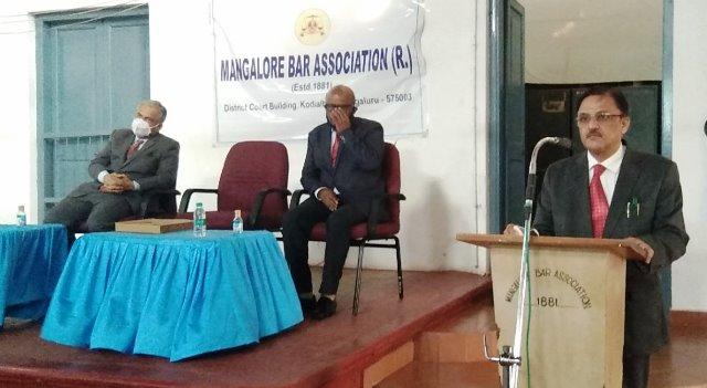 High Court CJ AS Oka | ಸೋಮವಾರದಿಂದ ಪೂರ್ಣ ಪ್ರಮಾಣದಲ್ಲಿ ನ್ಯಾಯಾಲಯ ಕಾರ್ಯಕಲಾಪ: ನ್ಯಾ. ಎ.ಎಸ್. ಓಕಾ