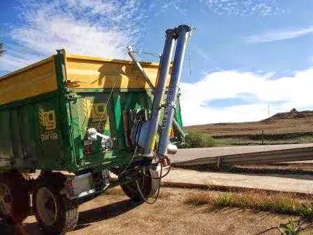 SINFIN PLEGABLE abatible hidráulico para remolque agricola  - Foto 1
