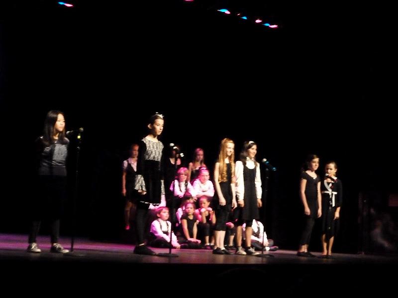 Broadway Bound 2010 - P1000310.JPG