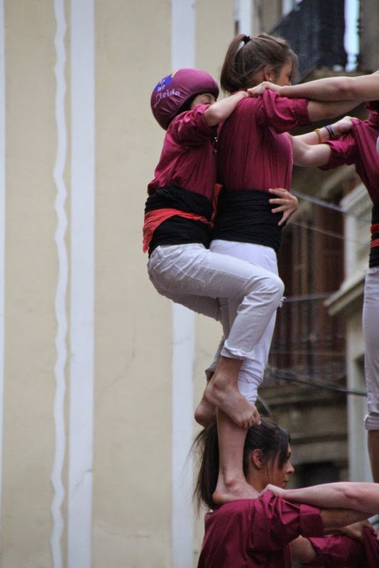 Actuació 20è Aniversari Castellers de Lleida Paeria 11-04-15 - IMG_8877.jpg