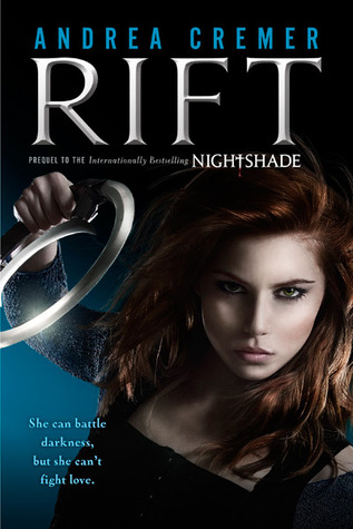 Giveaway: Win a SIGNED copy of Rift by Andrea Cremer