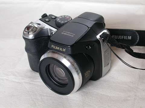 FinePix S8100fd にステップアップリング取り付け