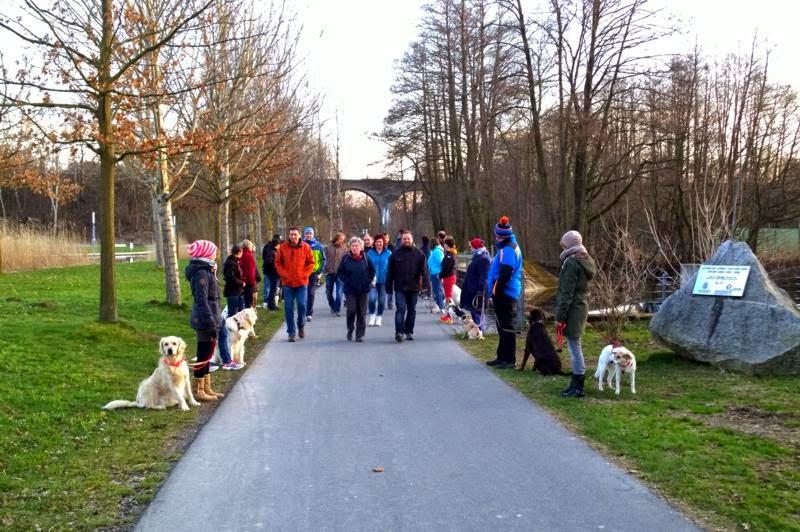 2015-04-07 Hundeschule Immenreuth On Tour in Marktredwitz im Auenpark - Marktredwitz%2B%25288%2529.jpg
