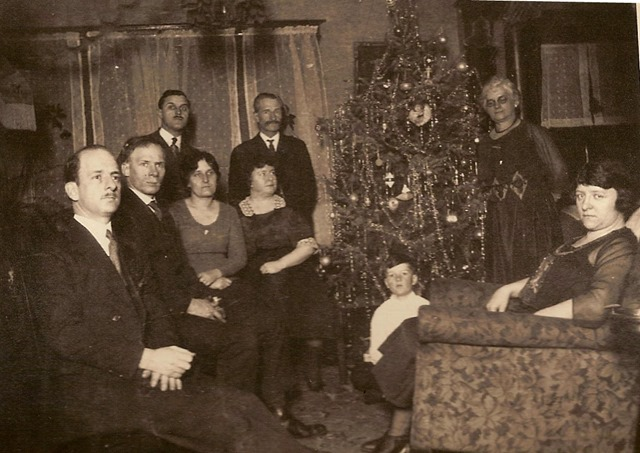 Christmas pics for 2018 -Gould family circa 1917