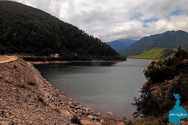 lacul rausor iezer