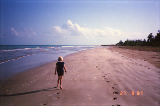 2200Darwin Beach