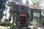 villa istana bunga 3 kamar halaman luas