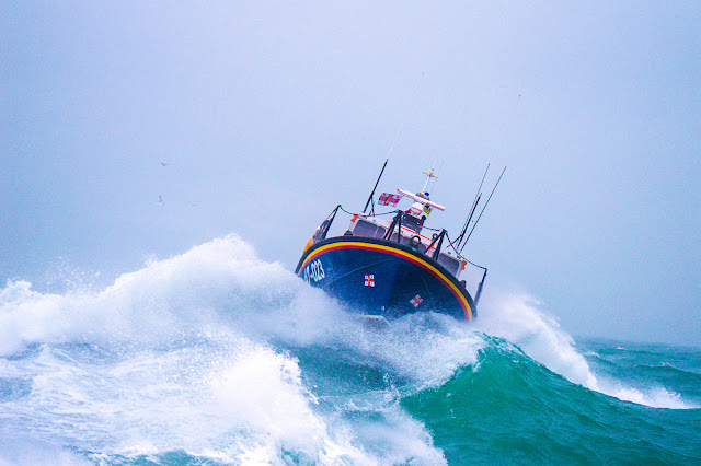 Poole's ALB in a training exercise with Swanage lifeboats, 26 January 2014.  Photo credit: Andy Lyons, RNLI Swanage