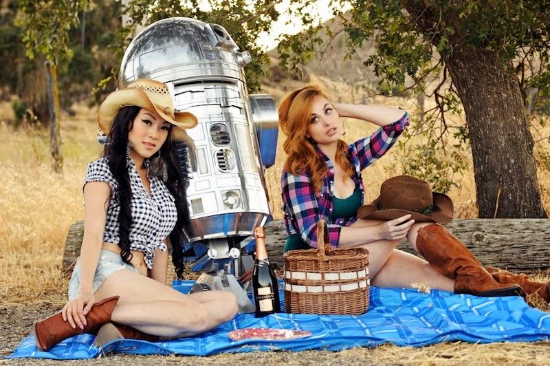 Girls From a Galaxy Far, Far Away 18