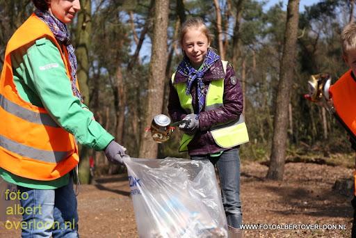 Landelijke Opschoondag Scouting Overloon 29-03-2014 (38).JPG