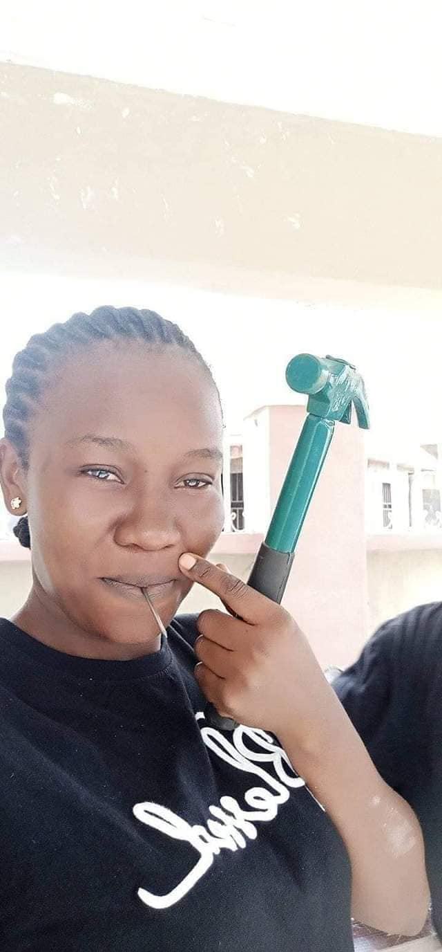 Pretty Nigerian lady wows social media users with her carpentry skills (Photos)