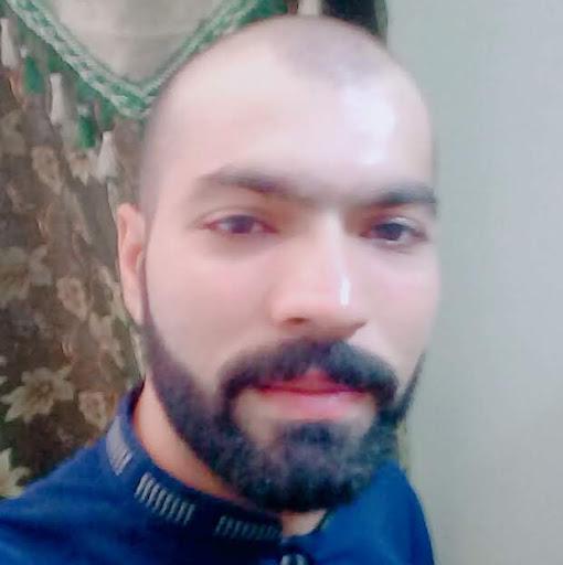Qamar Khan Photo 27