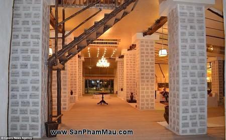 Nội thất gỗ : Khách sạn được xây dựng hoàn toàn từ muối-3