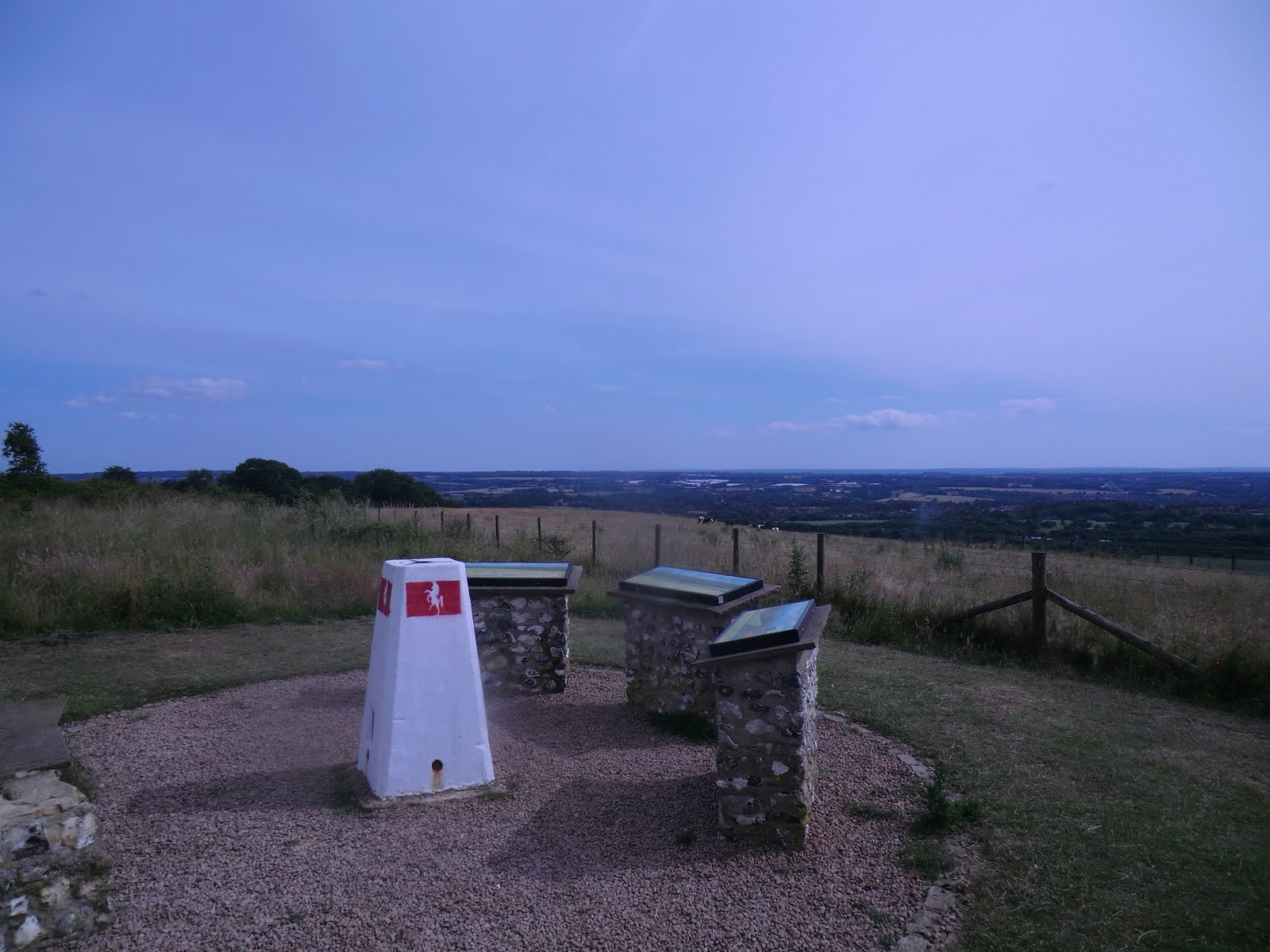 CIMG2407 Viewpoint, White Horse Wood Country Park