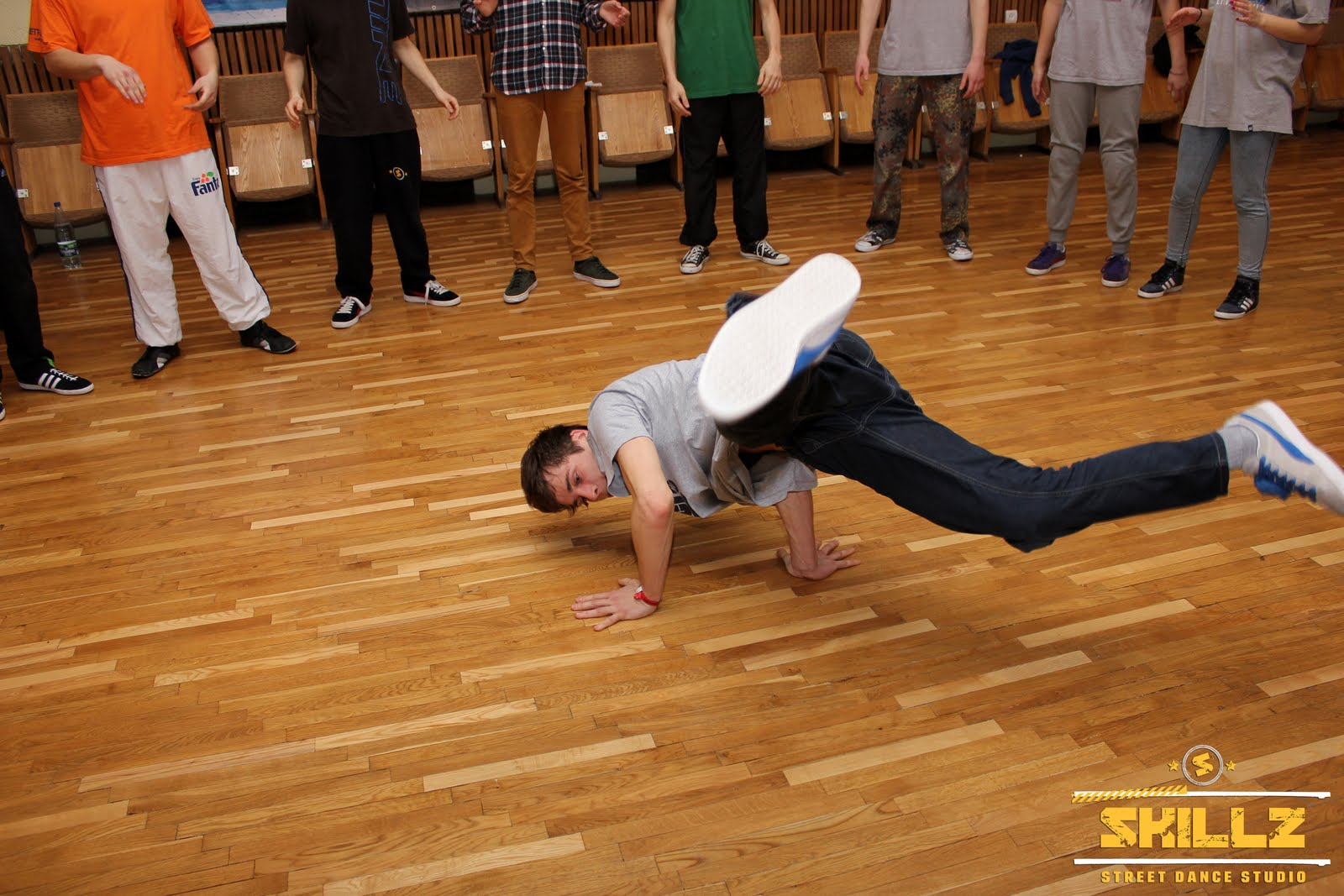 James (Olandija) Bboying workshop - IMG_2178.jpg