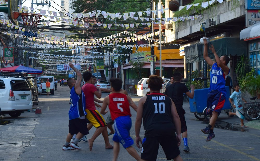 Street ballers in action in Manila