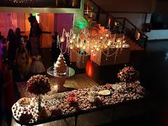 Album (digital) de fotos de Casa de Espanha   Humaitá. Fotografias digitais da Carla Flores, que faz decoração floral em eventos sociais e corporativos usando as mais lindas flores. Faz bouquet (buquê) de noiva, decoração de casamento, decoração de festas, decoração de 15 anos, arranjos de mesa, decoração de salão de festa, locação de mobiliário, decoração de igreja, arranjos de casamento e decoração dos mais lindos eventos. Atua em Niterói, Rio de Janeiro (RJ).