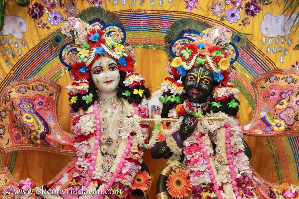 ISKCON Vrindavan Shringar Deity Darshan 11 May  2016 (21)