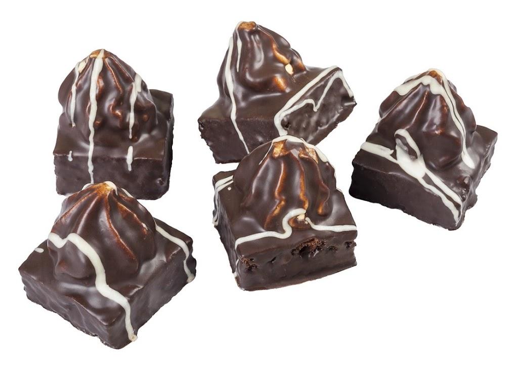 piramidki z kremem o smaku adwokatowym, teramisum, krówkowym, kukułki.jpg